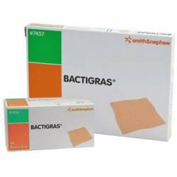 BACTIGRAS Apósito de gasa con acetato de clorhexidina 0,5%