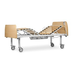 cama articulada con patas con ruedas